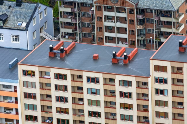 Why You Should Call the Professionals for Apartment Complex Roofing Repair
